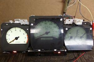 98-05 Lexus GS300 Speedometer Instrument Cluster 403k Miles 83800-30390