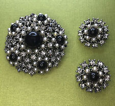 Vtg Weiss Black Gem Rhinestone Faux Pearls Pin Brooch Clip On Earrings Set Large