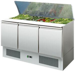Saladette mit 3 Türen und Kunststoffschneidebrett - Umluftkühlung +2 bis +8°C