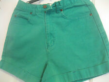 LADIES (JUNIORS) COPPER KEY SHORTS, SIZE 9, GREEN, WITH CUFFS