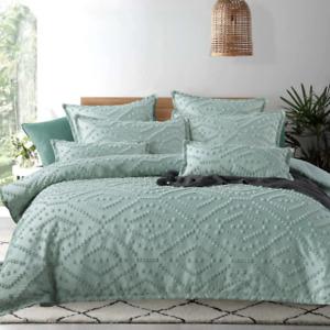 Tufted Sage Green Faux-Silk Queen King Super Quilt Doona Duvet Cover Set Luxury