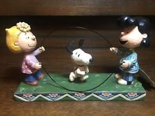 """Jim Shore Peanuts """"Double Dutch Dog� Lucy Snoopy Sally Jump Rope #4055659"""