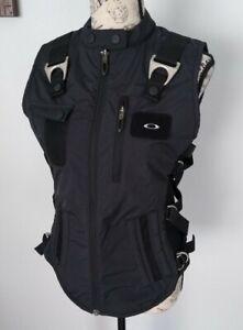 Rare Oakley Standard Issue Tactical Field Gear Vest medium