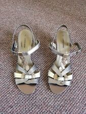 Caravelle Metalic Bronze Gold Brown Strappy Sandal Heels Size 7 Womens Shoes
