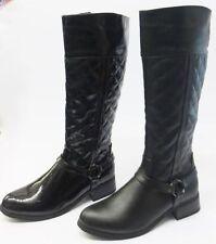 Markenlose wadenhohe Stiefel mit Reißverschluss