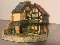 David Winter Cottage - 15 LAWNSIDE ROAD Original Box, 1994 Collectors Guild, COA