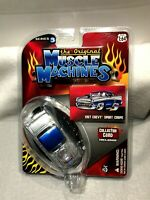 THE ORIGINAL MUSCLE MACHINES 1957 CHEVY SPORT COUPE  --DIECAST CAR 1/64 -