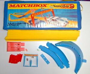 Matchbox Superfast Rennbahn SF-5 Double Track Set Canada Vinyl-Koffer