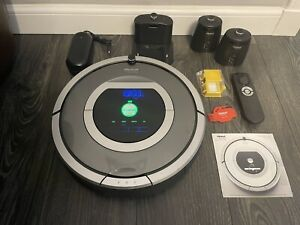 iRobot Roomba 780 Robotic Vacuum, Thoroughly Cleaned, Working Perfect NO RESERVE