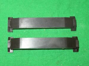 2 Triang OO gauge R488 uncoulping ramp for Super 4 track
