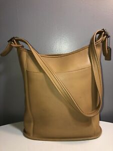 Vintage Coach Tan Leather Shoulder Bag Silver Tone Hardware