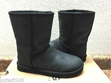 UGG CLASSIC SHORT LEATHER BLACK WATERPROOF BOOT US 9 / EU 40 / UK 7.5