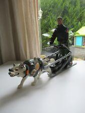 👿 Figurine Action Man Avec Son Chien Electronique Fonctionne Et Traîneau