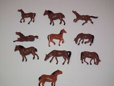 Model Train Painted HORSES Figures x 10 Assorted  1/76  Scale - 28861