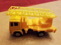 VINTAGE Maisto Yellow Ladder Truck FREE SHIPPING