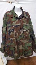 US Military Camoflauge Combat Woodland US Army Coat, Large