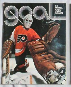 1975 Philadelphia Flyers - Chicago Black Hawks NHL Program Bernie Parent 12/4/75