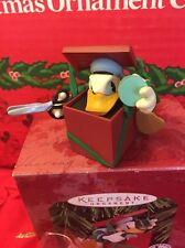 Christmas Disney Hallmark Keepsake Duck Donald's Surprising Gift Ornament In Box