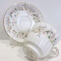 DUCHESS Bone China Teacup & Saucer Caprice #535, England