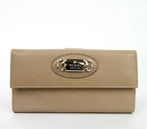 New Gucci Beige Leather Clutch Continental Wallet with Gucci Plaque 231841 2738