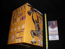 Los Angeles Lakers Shaquille O'Neal Replica Statue, 3/24/2017 SGA new in box
