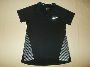 NIKE DRI-FIT SHORT SLEEVE BLACK REFLECTIVE RUNNING TOP WOMENS MEDIUM EXCELLENT