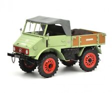 Schuco 1/18 Mercedes-Benz Unimog U401 with boar green 450014700