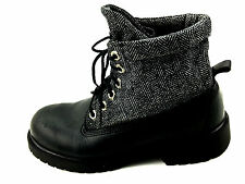 Timberland Leather Tweed Soft Top Black Boots Boys Size 4 USA.Womens Size 7USA.