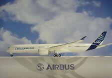 Hogan Wings 1:200 Airbus A350-1000 Airbus House Color AS12 + Herpa Wings Katalog