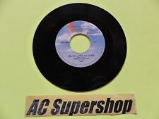 Bill Haley and his Comets shake rattle and roll / see yiu later alligator 45