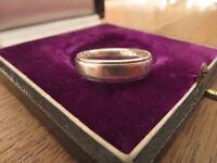 Hübscher 925 Silber Ring Modern Designer Zirkonia Solitär Elegant Vintage Retro