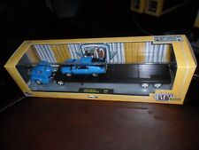M2 Auto Haulers R16 1956 Ford C500 COE TRUCK & 1970 Ford Mustang BOSS 302 IN BOX