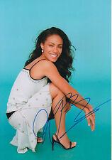 Jada Pinkett Smith Autogramm signed 20x30 cm Bild