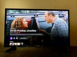 """Toshiba - 32"""" Class - LED - 720p - HDTV Remote Included, Used Great Condition"""