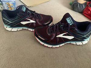 BROOKS GTS SEVENTEEN  LADIES  LACE UP RUNNING TRAINERS  SIZE  UK 8