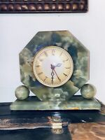 Antique Hammond Whitehall GREEN JADE OR ONYX synchronous electric Desk clock.