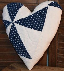 "Primitive Quilt Heart Valentine Bowl Filler Cupboard Tuck Navy White 9"" x7"""