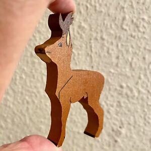 Antik-Spielzeug: Holz Figur Reh 8x6x1cm Vintage Deko Vitrine Wrangel-Kunst ? ALT
