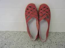 LADIES RED SIZE 8 CASUAL SHOES NEW