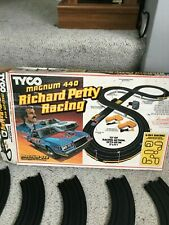 tyco richard petty magnum 440 race set no cars able to use other slot cars