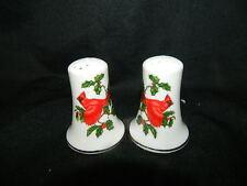 vintage Lefton Cardinal Holly Christmas Salt & Pepper shakers #1067