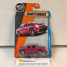 '02 Chevy Avalanche #24 * Pink * 2017 Matchbox L Case * ZB20