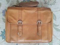 Vtg Wilsons Courier Tan Leather Shoulder Mail Bag Briefcase Messenger