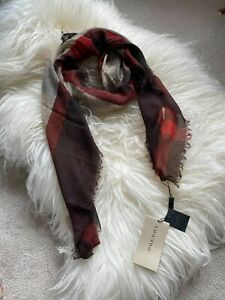 Authentic BNWT Burberry Cinnamon Red 120*120 Wool & Cashmere Large Square Scarf