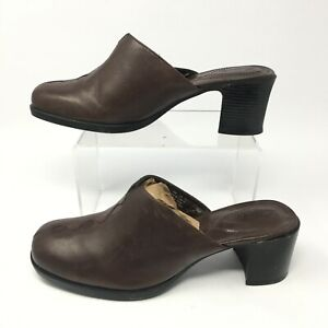 Clarks Womens 7.5M Slip On Clog Mule Heel Casual Sandal Brown Leather 70985