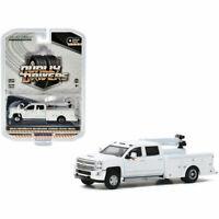 Greenlight 1/64 Dually Driver 4 2016 Chevrolet Silverado 3500 Crane Truck 46040A
