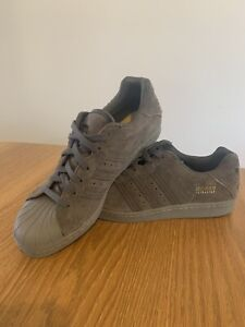 Adidas Ultrastar Suede US10 Shoes