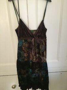 UNITED COLORS OF BENETTON STRAPPY FLORAL LADIES DRESS SIZE LARGE