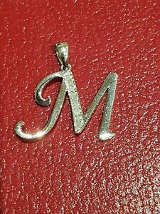 """STUNNING SECONDHAND 9ct WHITE GOLD LETTER """"M""""  INITIAL CHARM / PENDANT"""