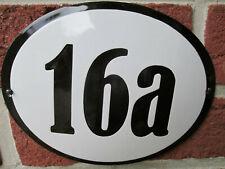 Hausnummer Oval Emaille schwarze Zahl Nr. 16a  weißer Hintergrund 19 cm x 15 cm